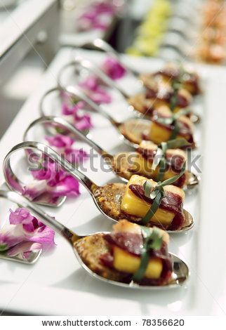 Curled spoons for canapes