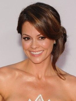 Brooke Burke Charvet, Dancing With the Stars co-host announces in video she has cancer