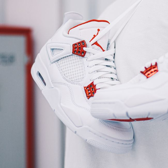Air Jordan 4 Retro Metallic Red   Chaussures de sport mode ...