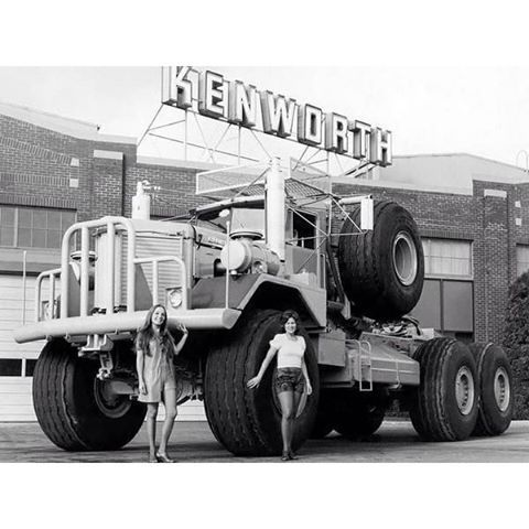 Wow! Check out this vintage giant Kenworth  | Vintage Trucks