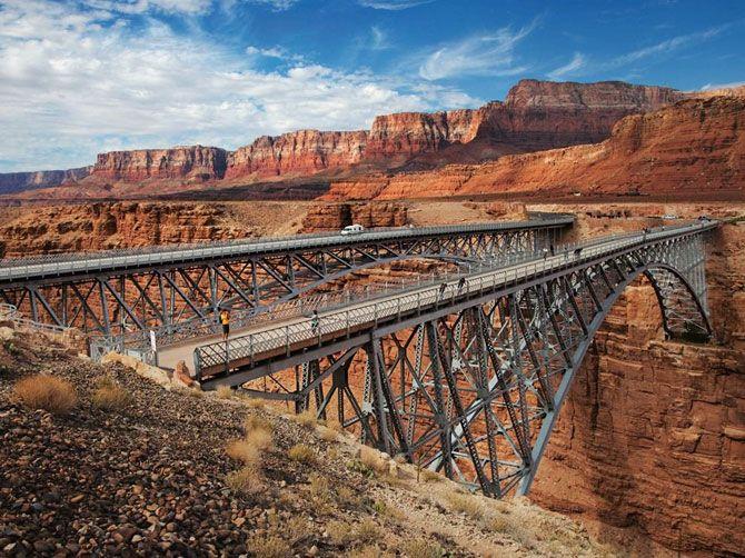 El Puente Peatonal En 1929 Y Un Puente Nuevo Sobre El R 237 O