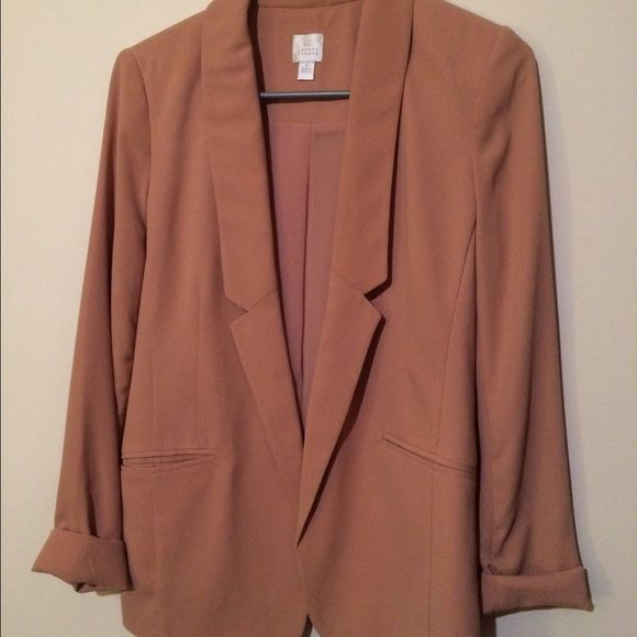 Lauren Conrad Pastel pink boyfriend blazer Basically brand new boyfriend blazer. Wore one time to a wedding. LC Lauren Conrad Jackets & Coats Blazers