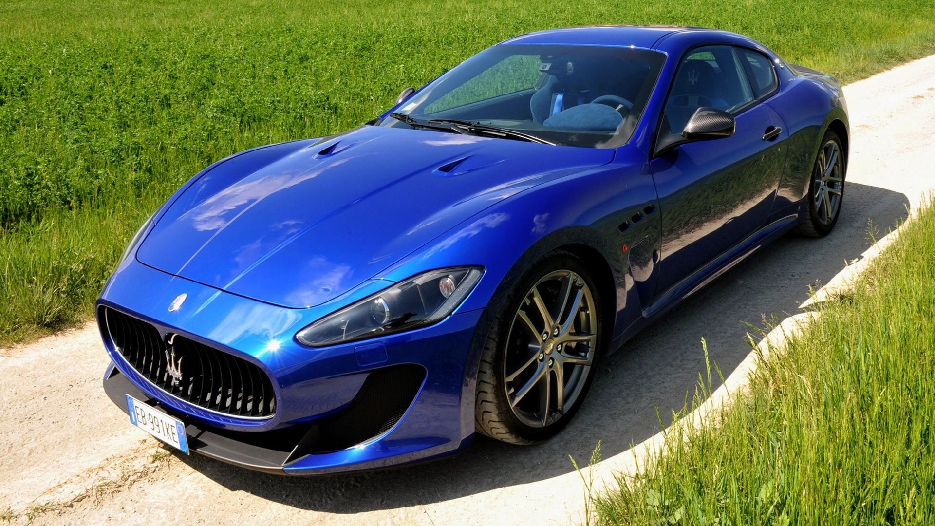 Maserati Granturismo Mc Stradale In Nice Blue On Hd Wallpapers