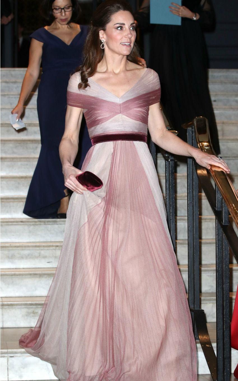 Abiti Da Gran Sera.Kate Middleton La Gran Sera Effetto Bikini Abito Romantico