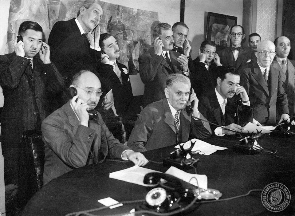 Inauguración del servicio telefónico entre argentina y Japón 1937