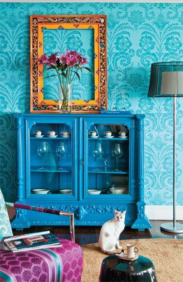 Tradicionais, modernas ou de cores vibrantes: conheça as peças escolhidas para guardar e expor as relíquias da casa