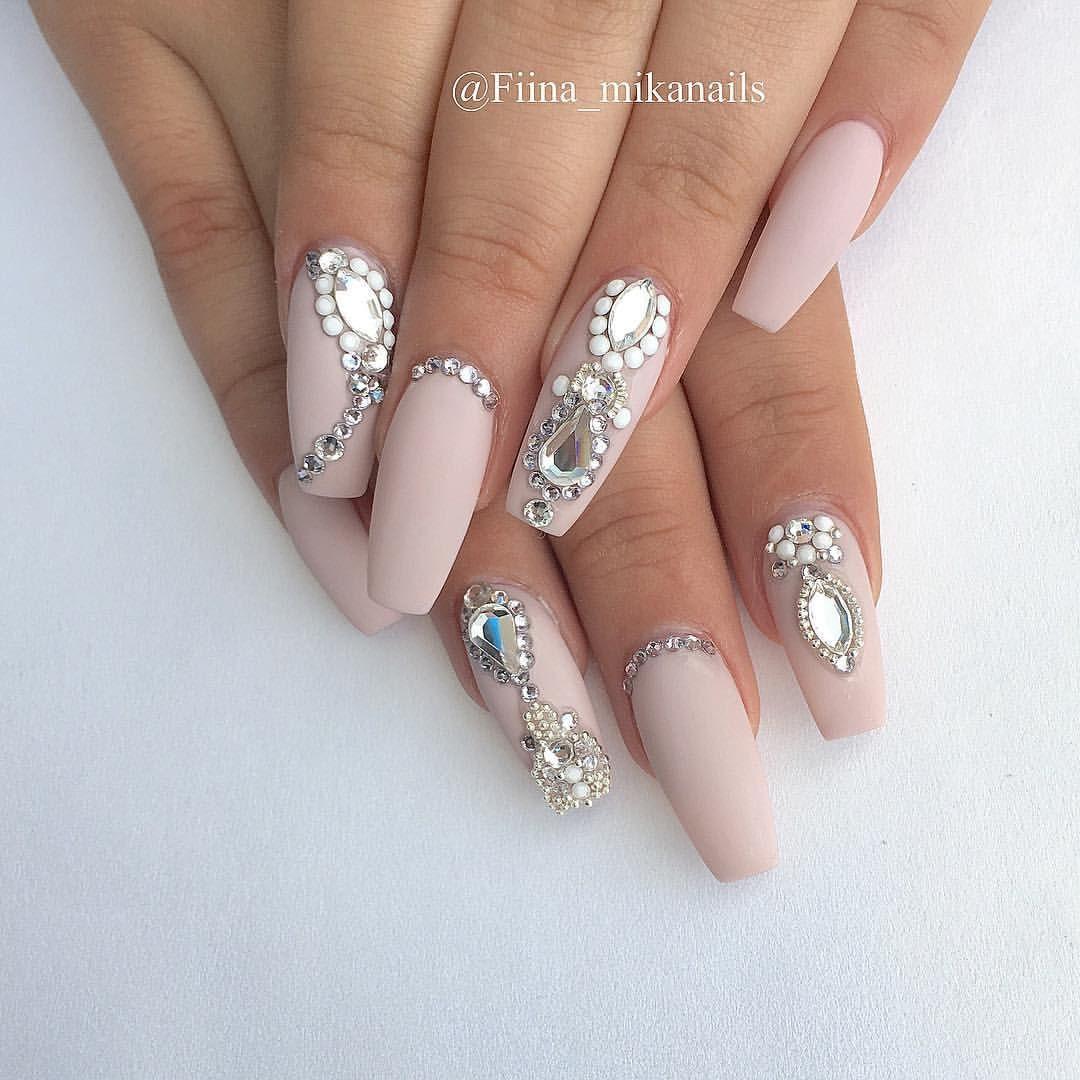 "ˢᴬᴺᴰᵞ ᴸᴱ〰ᴳᵁᶜᶜᴵ_ᶠᴵᴵᴺᴬ on Instagram: ""Nails by MIKA @fiina_mikanails @fiina_mikanails"""