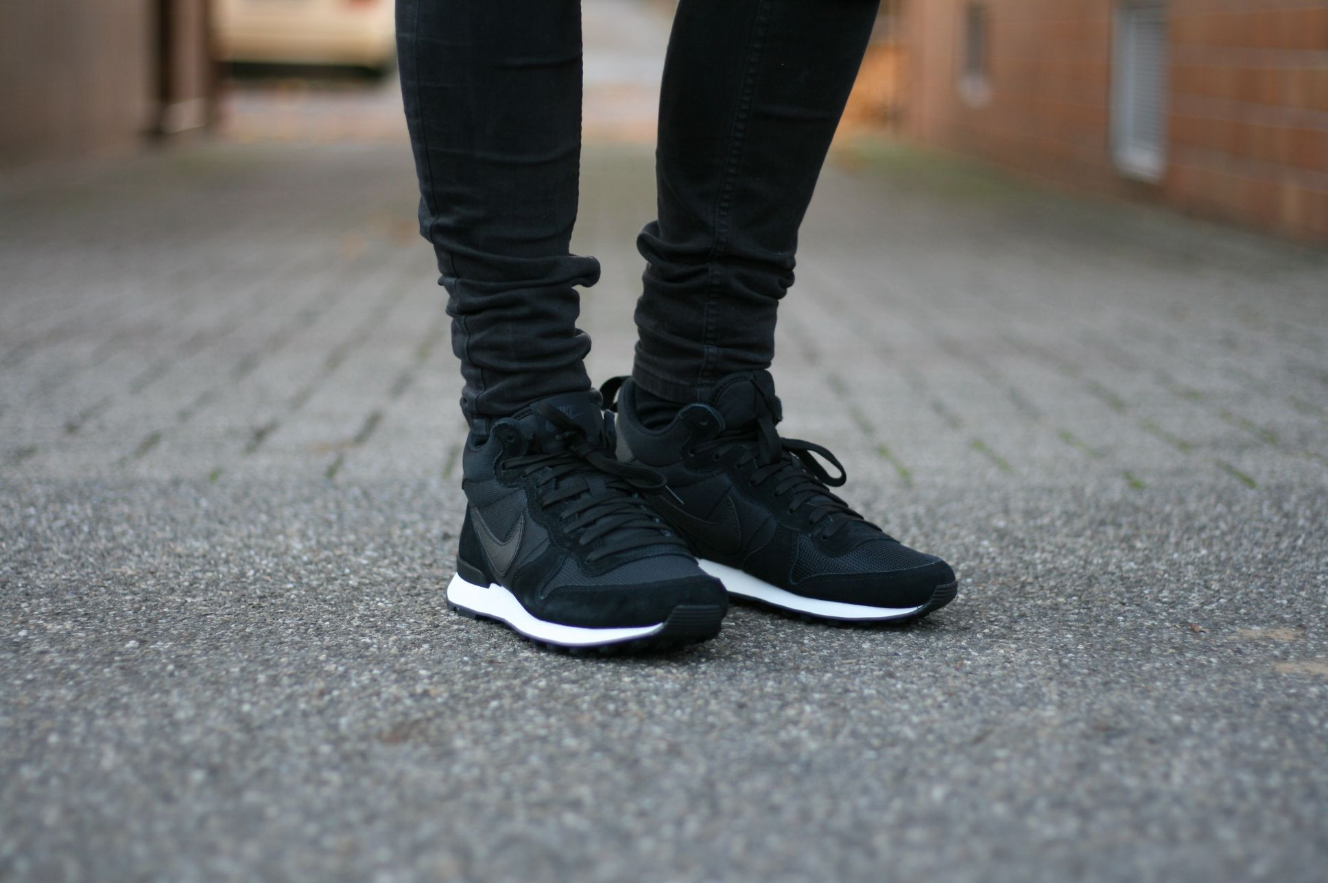 new product 1b84f 8e011 where to buy nike internationalist mid top black black anthracite sail us  55 95 39a2f 0adb6