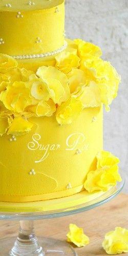 Super-bright yellow cake