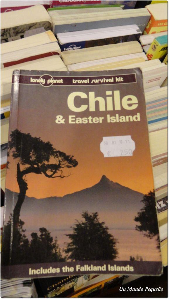 Guía de viaje a Chile e Isla de Pascua. Foto: Librería en París.