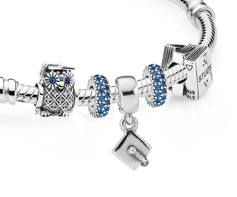 Looking To Celebrate A New Graduate Find A Meaningful And Quality Gift At Pandora Pandoratexas Pandorach Sparkly Jewelry Graduation Bracelet Pandora Charms