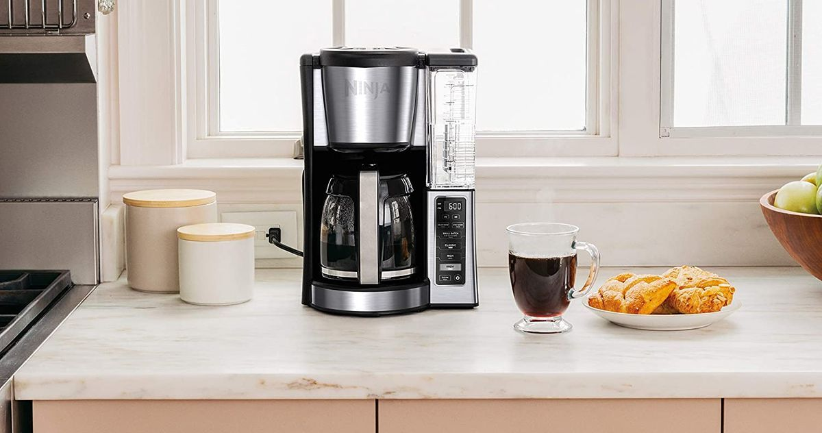 The Best Drip Coffee Makers On Amazon According To Hyperenthusiastic Reviewers In 2020 Best Drip Coffee Maker Cuisinart Coffee Maker Coffee Maker