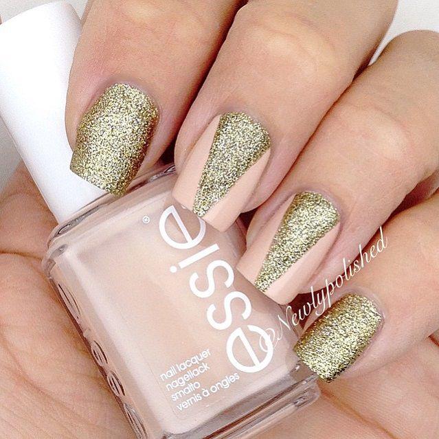 31 Chic Glitter Nail Art Designs