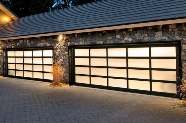 Houston Garage Door Services Reduce Prices During The Coronovirus