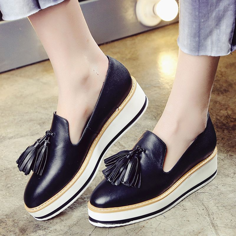 2016 Autumn Women's Platform Loafers Fringe Brand Designer Leather Brogues  Shoes for Women Leisure Espadrilles Female