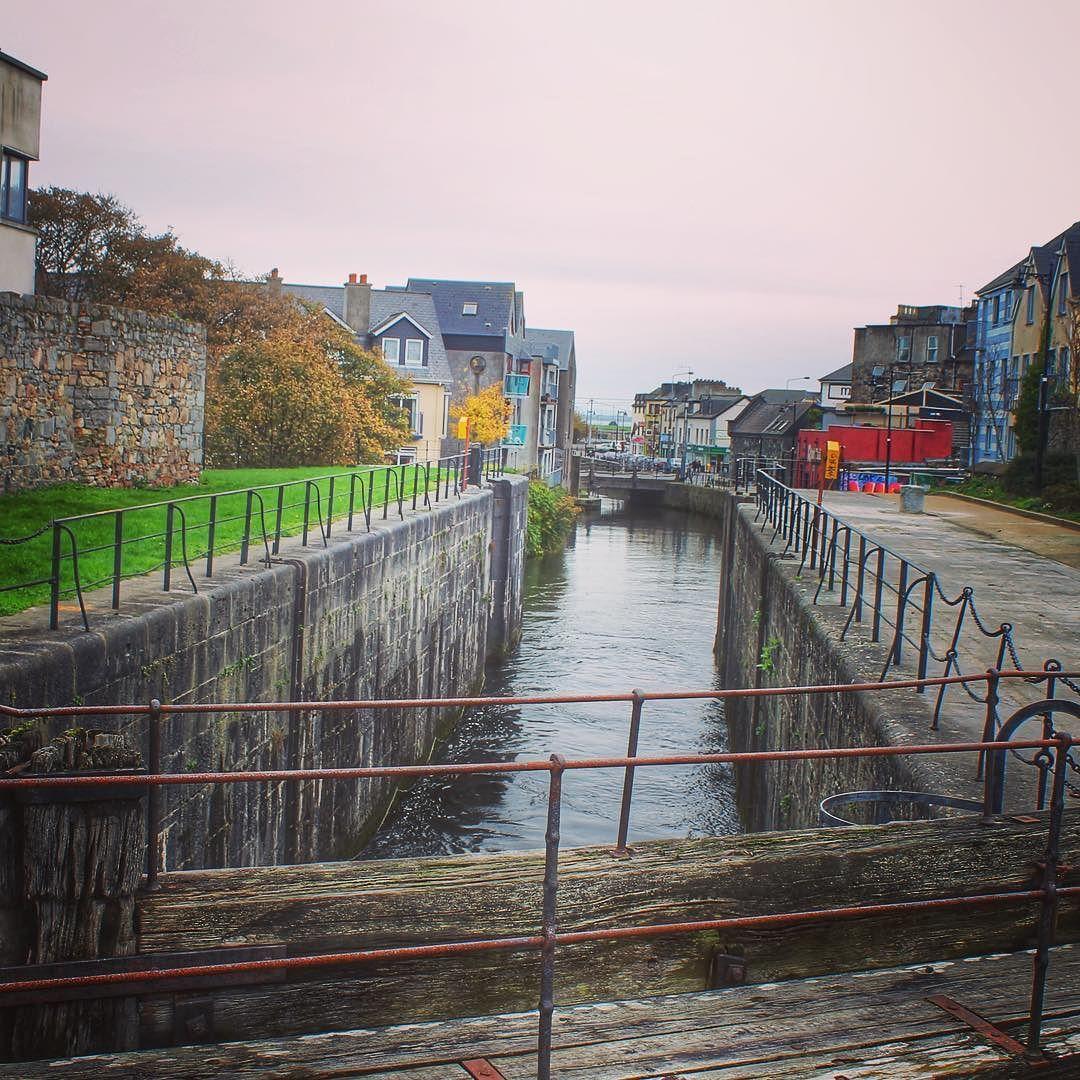 Galway la ciudad de los canales en Irlanda la Venecia de la Isla Esmeralda  by lvdclaudia