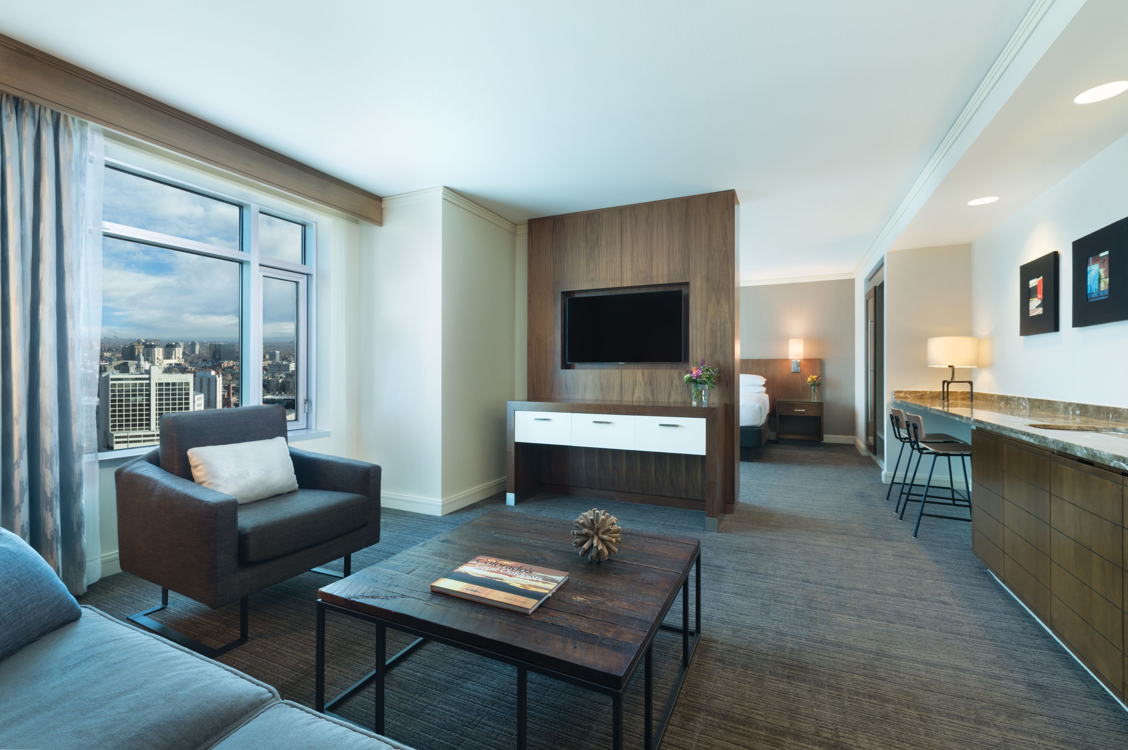 Colorado King Suite 565 Sq Ft Hyatt Regency Denver With