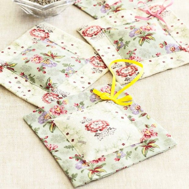 Scent Your Sewing: Try Our Lavender Bags Pattern | Lavender bags ...