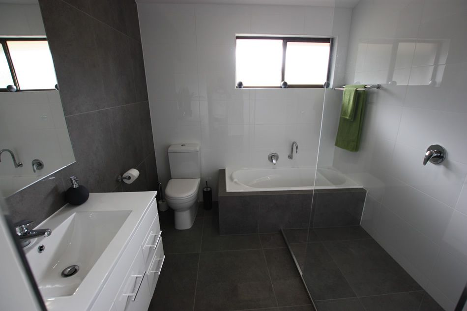 refresh bathrooms melbourne bathroom refresh bathroom on bathroom renovation ideas melbourne id=33929