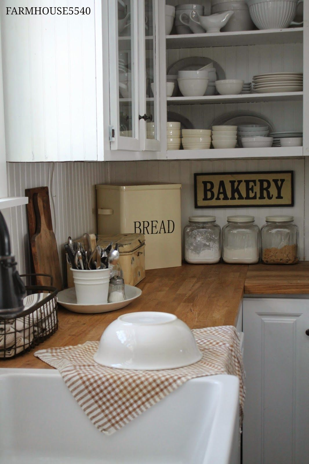 Farmhouse 5540 Family Room Part Three Kitchen Inspirations Home Kitchens Kitchen Decor