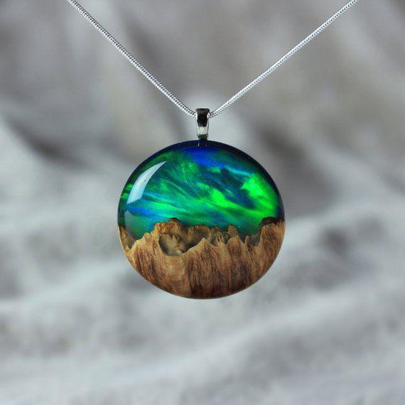 Aurora Borealis Harz Schmuck, Nordlichter, Holz Harz Halskette, Harz Holz Halskette, Geschenk für sie, 5. Jahrestag, Opal Anhänger