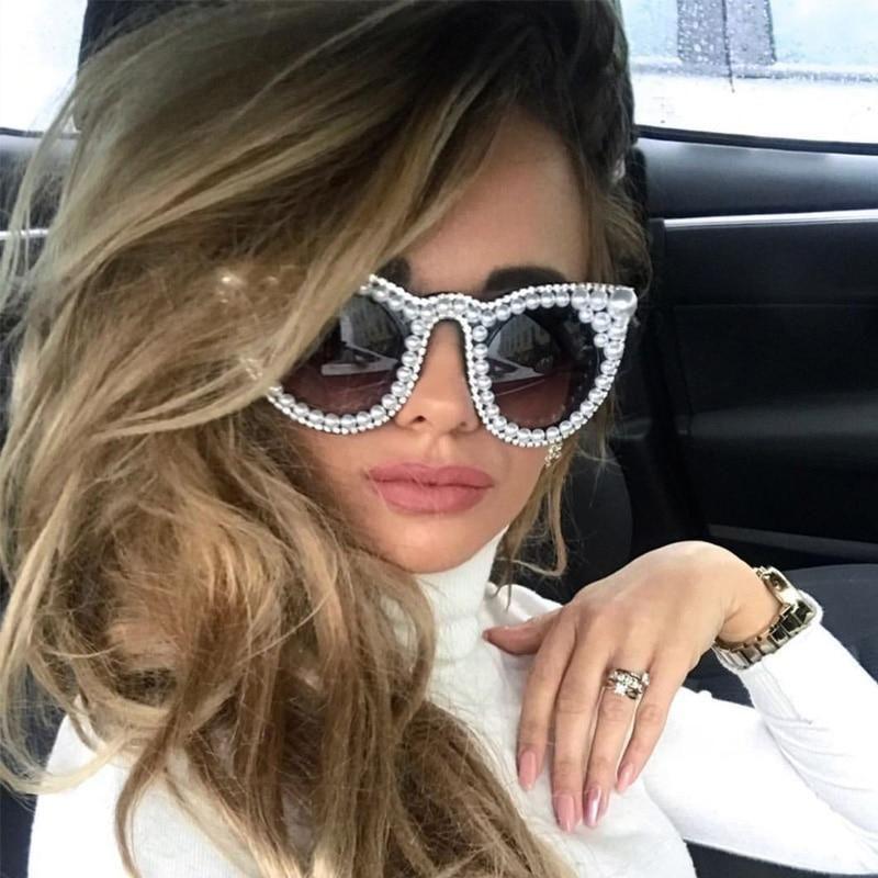 Designer Over-sized Women Pearl Cat Eye Sun Glasses