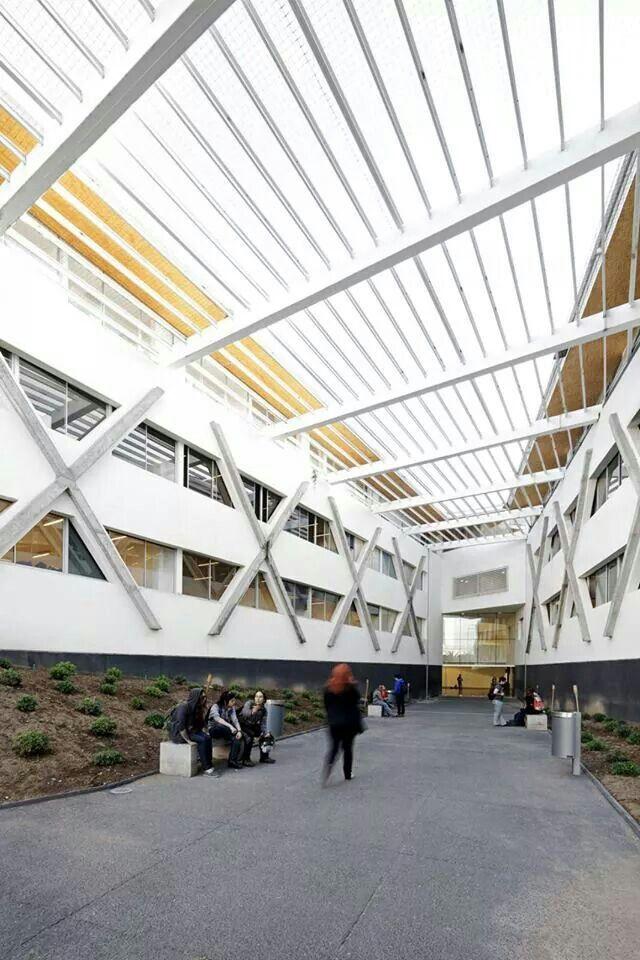 Santo Tomás CFT - IP by Browne Swett Arquitectos