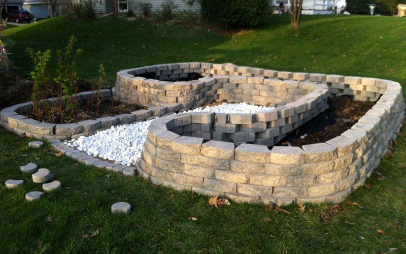 15 Creative Cinder Block Raised Garden Beds