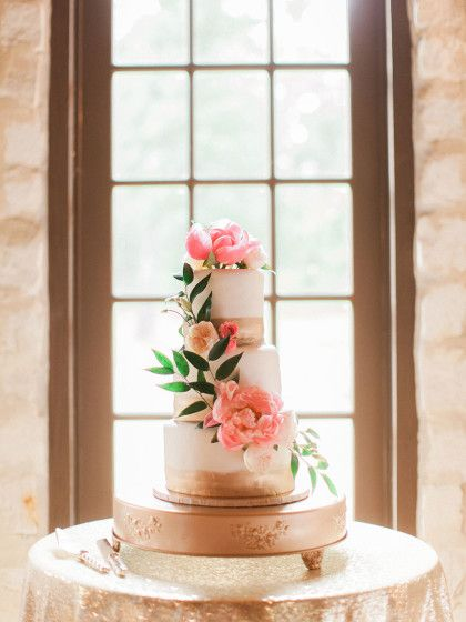 This Wedding Cake From Renaissance Company Captured By Jennefer Wilson Photography Is Absolutely Beautiful