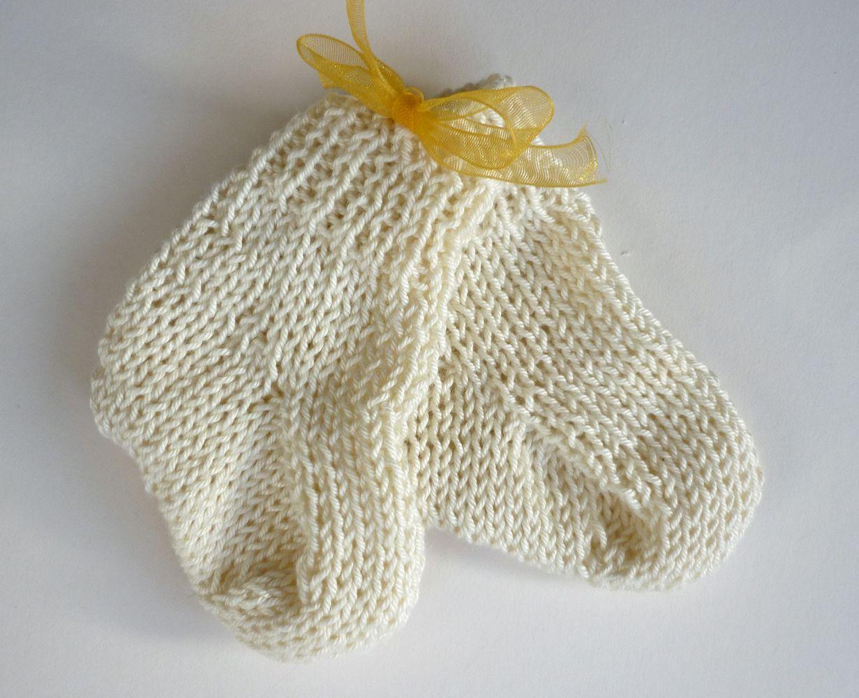 Mack and mabel stash buster baby socks knitting pattern mack and mabel stash buster baby socks knitting pattern bankloansurffo Choice Image