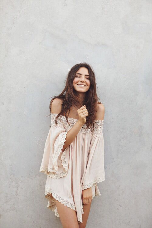 ... summer street style boho indie Model outfit bohemian simple Delicate  summer fashion indie fashion bohemian style boho style indie style white  lace dress f1145a0c81