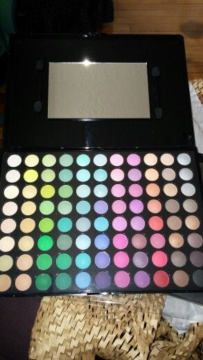 BH cosmetics 88 color palate