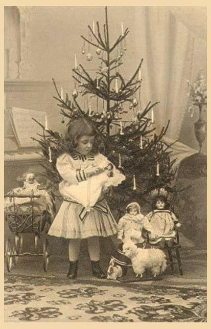 Pin By John Willshire On Vintage Christmas With Images Vintage Christmas Photos Vintage Christmas Old Christmas