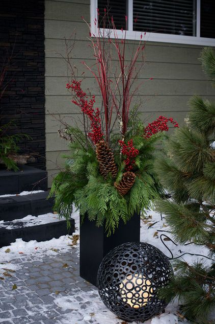 Outdoor Christmas Planters With Lights.Front Porch Christmas With Lights And Lantern By Pot
