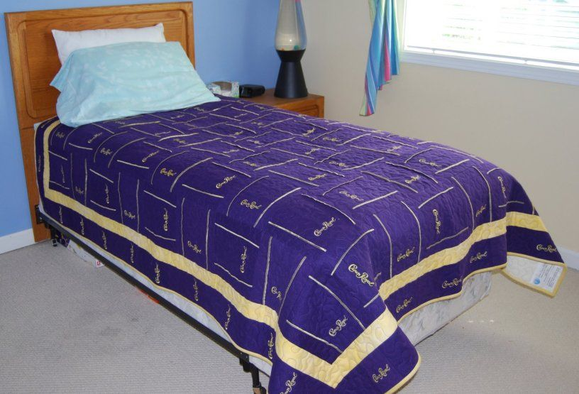Crown royal bag quilt made from more than 160 bags | Crown royal ... : quilt made from crown royal bags - Adamdwight.com