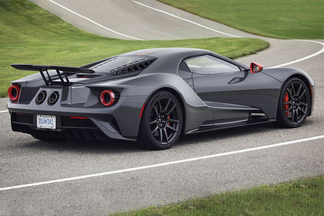 Ford Unveils Its Special Edition Race Ready 2019 Gt Carbon Series