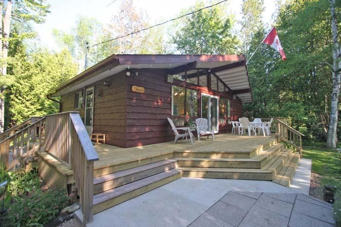 Awesome 7Th Haven Cottage 532 Vacation Rentals In Sauble Beach Interior Design Ideas Gentotryabchikinfo