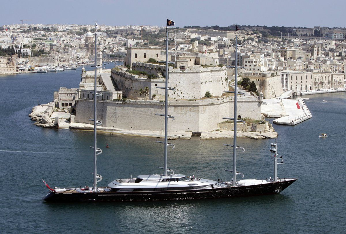 A Russian Billionaire Is Reportedly Building The World S Largest Sailing Yacht Maltese Falcon Yacht Sailing Yacht Yacht