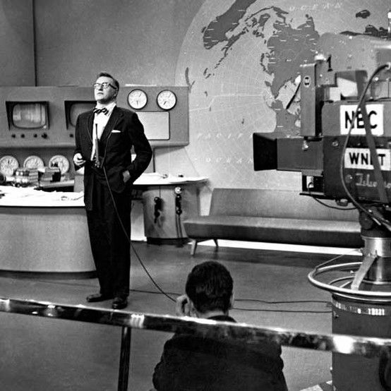 Dave Garroway Taping The First Episode Of The Today Show 1952 Nbc Nbcu Photo Bank Getty Images Today Show Today Show Hosts Old Tv Shows