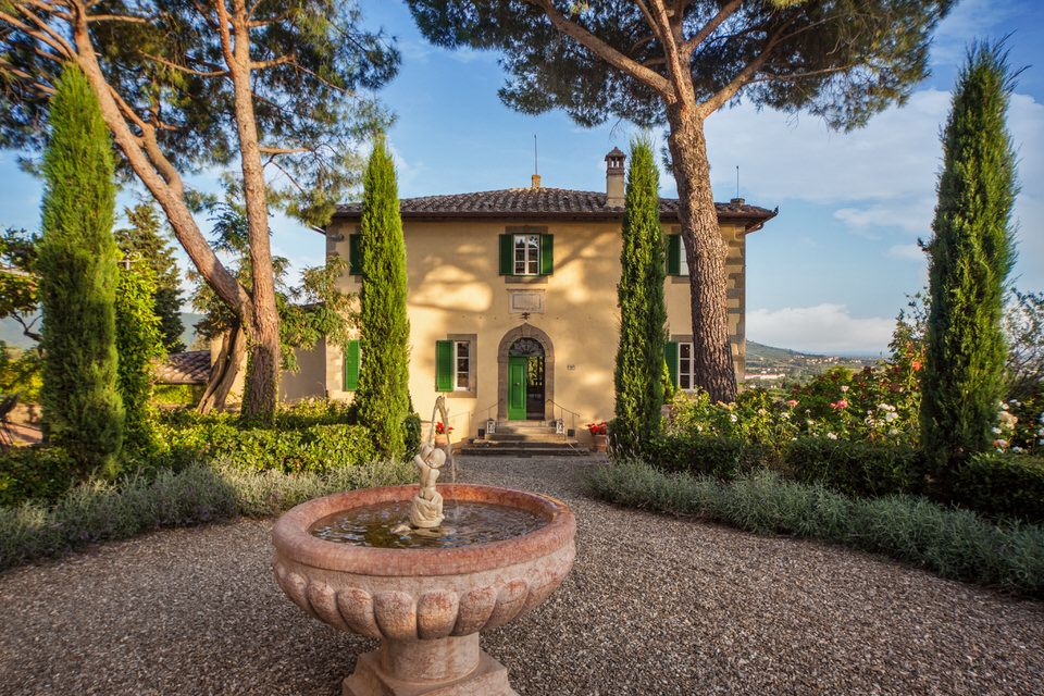 Gallery Of Villa Laura In Cortona Tuscany Villa Laura Tuscany Villa Mediterranean Homes Tuscany House