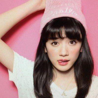 河原和音先生×アルコ先生の少女漫画『俺物語!!』の実写映画化が決定し、ヒロインの大和凛子役にモデルの永野芽郁さん(15)が抜擢されました。