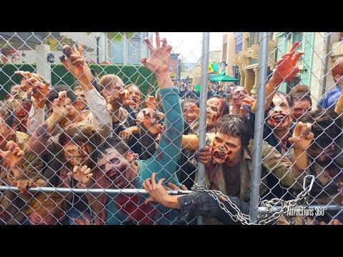 the walking dead zombie walkers rush the front gate at halloween horror nights universal studios - Frontgate Halloween
