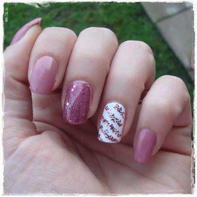 romantic manicure