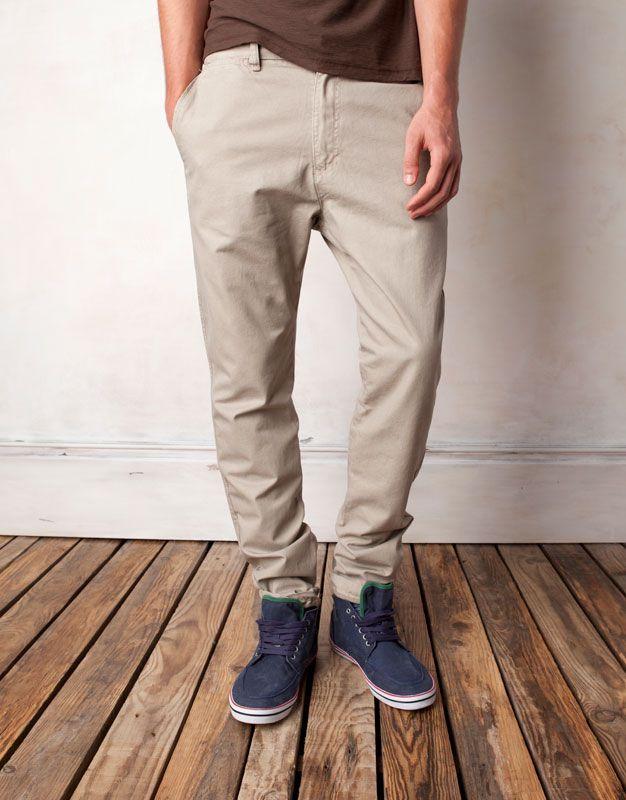 506a7580f9 Moda Pull   Bear pantalones hombre tipo chino