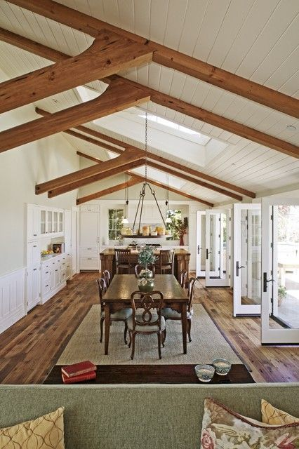 Dining Room In Current Front Room That Is Vaulted Table Runs Length Of The Room And Vaulted Ceiling Beams Vaulted Ceiling Living Room Vaulted Ceiling Bedroom