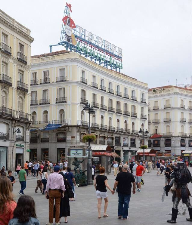 Madrid puerta del sol madrid pinterest madrid and spain for Puerta del sol madrid spain