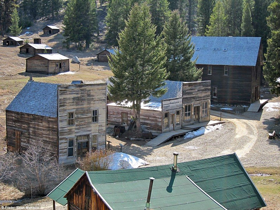 Government Searches For Volunteers To Work At Abandoned Ghost Town