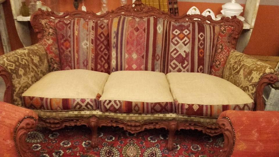 Old kilim sofa