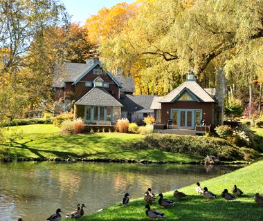 America S Best Hotels For Fall Colors