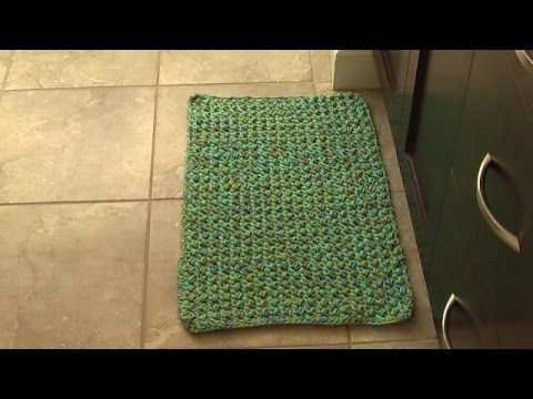 How To Create A Crocheted Square Or Rectangular Rag Rug Starting With A Foundation Chain This Is The 4th In A Series Rug Tutorial Crochet Rug Crochet Rag Rug